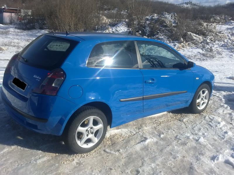 Fiat Stilo 1.9 JTD. 2002.god. cupe registrovan do 12.2012, servisiran