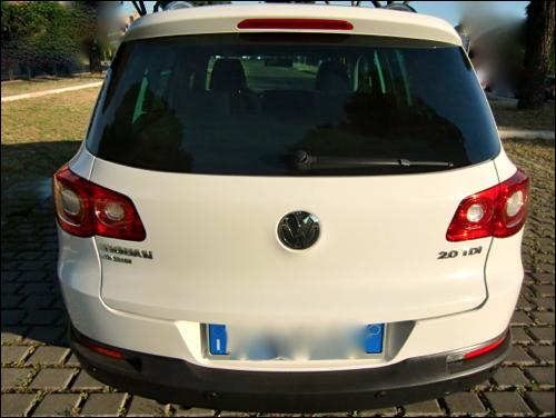 prva pomoć, klima, ABS, muzika, airbag, servo, centralna brava, alarm
